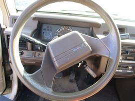1988  MITSUBISHI MIGHTY MAX BEIGE 4CYL AT SHORT BED 153719